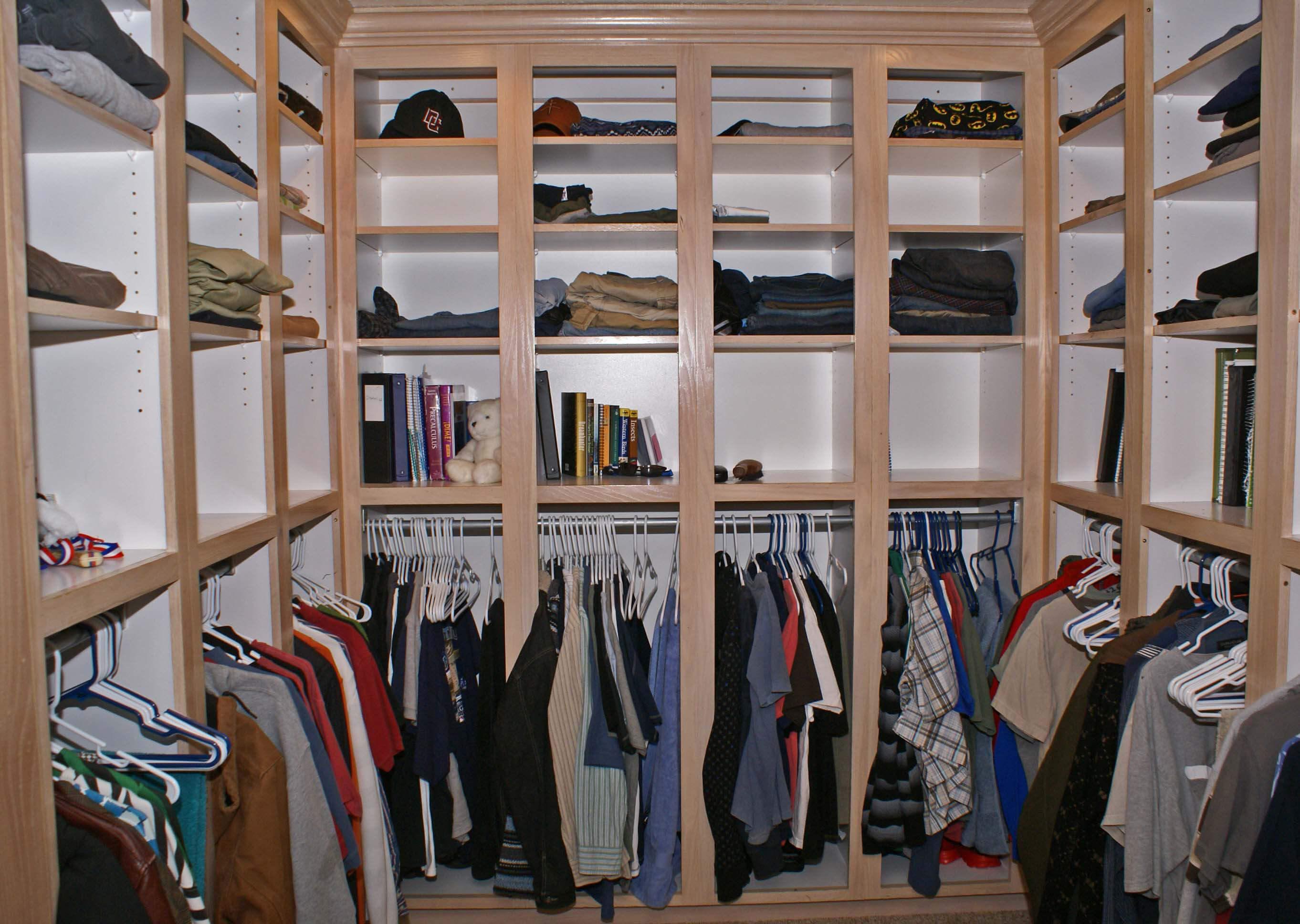 Superbe Boys Closet