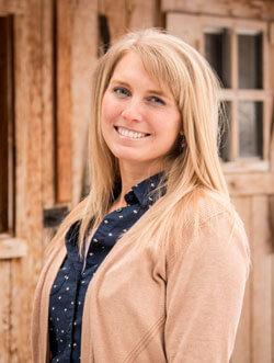 Clarissa-Mitchell-Office-Manager