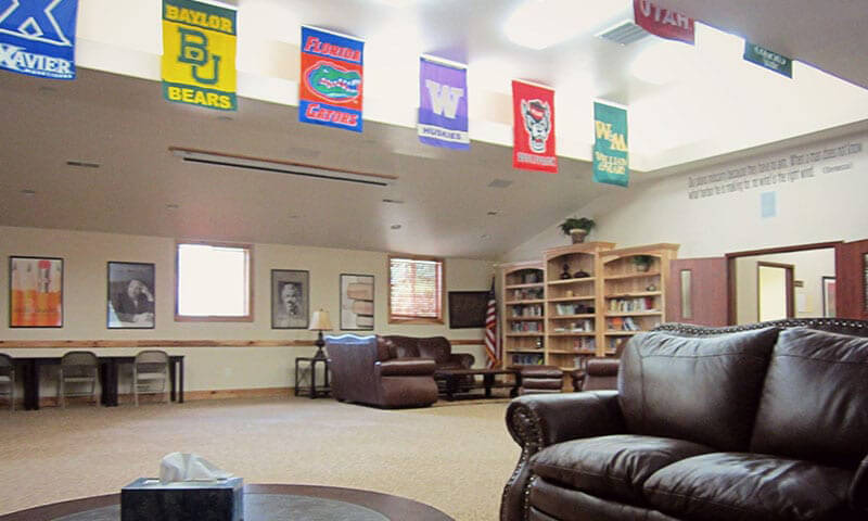 discovery-ranch-for-boys-blended-learning-flag-room